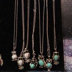 BNWT silver owls different color stone and stlye.